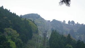 201105067